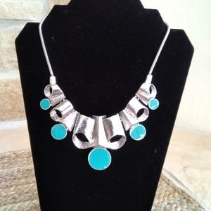 NEW -Chunky Silver Necklace